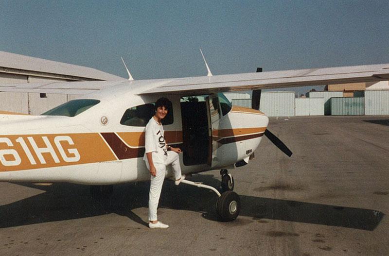 Paula-Pagano-sales-are-like-flying1