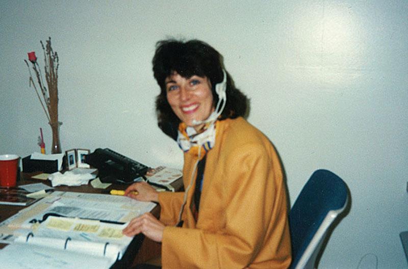 Young-Paula-Pagano-making-cold-calls